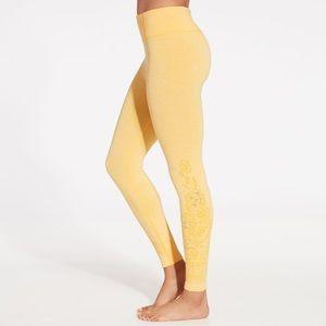 CALIA by Carrie Underwood Seamless 7/8 Leggings